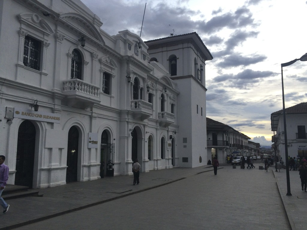 "Popayán is known as the ""white city"" due to the color of the most of colonial houses and commercial buildings in the center of the city."