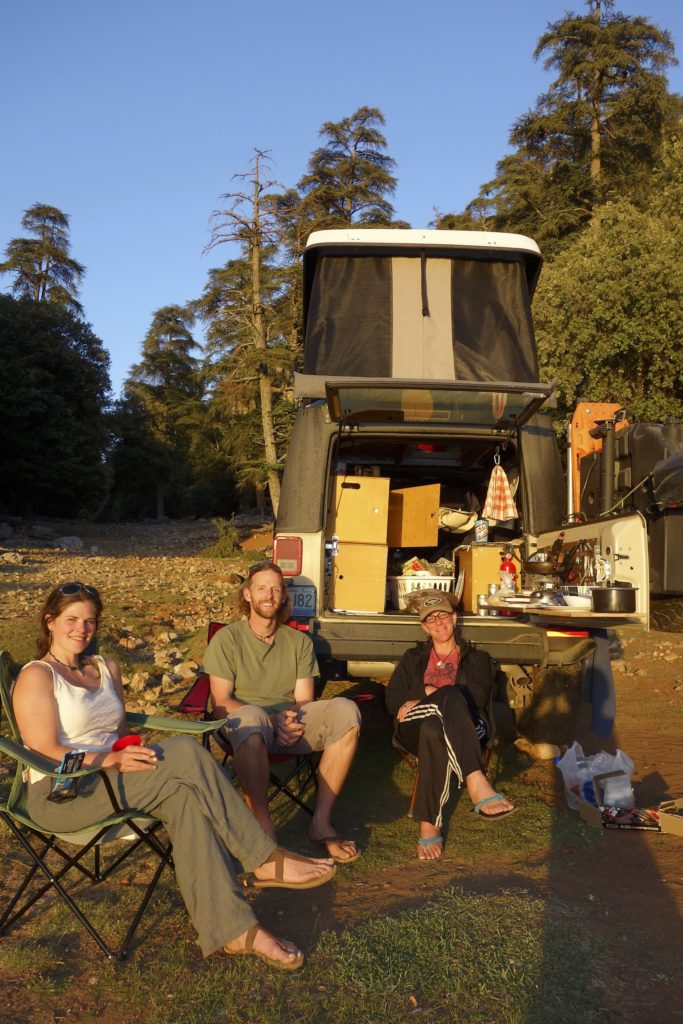 It is aways a treat to finally meet with other overlanders that we often message with on Facebook, but have never met in person. Dan (from The Road Chose Me) and his traveling companion Emily (Sheff Doc Photos) camped with us for a couple of nights in Ifrane National Park.